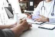 Medicii de familie nu au materiale de protecţie