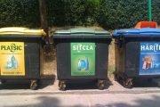 Nu aruncați măștile folosite peste deșeurile reciclabile