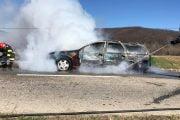 Opel distrus de foc