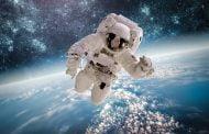 Când s-au întors de pe Lună, americanii au luat gripă pe pământ