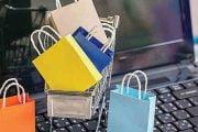 Codași la cumpărăturile online!