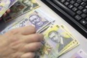 Peste 270 mii români au  cerut amânarea ratelor