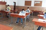 Azi, primul examen la Evaluare