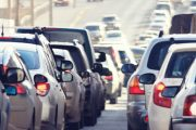 Numărul mașinilor noi înmatriculate a scăzut cu o treime!