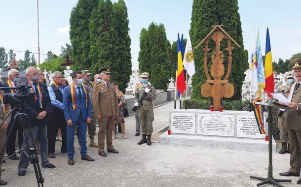 Monument al eroilor ridicat la Cimitirul Militar!