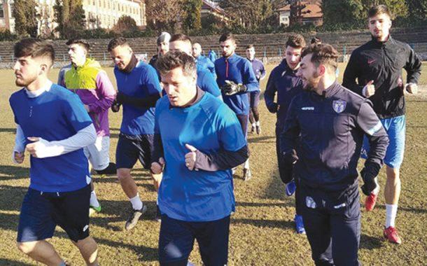 Antrenamente în grupuri de 10