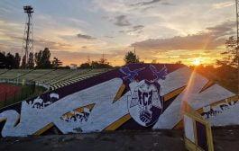 Peluza şi tribuna a doua, decorate de fani!