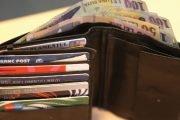 I-a dus portofelul plin cu bani, unui pensionar