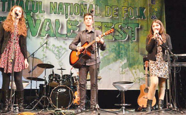 Înscrieri la Festivalul Național de Muzică Folk Trivale Fest