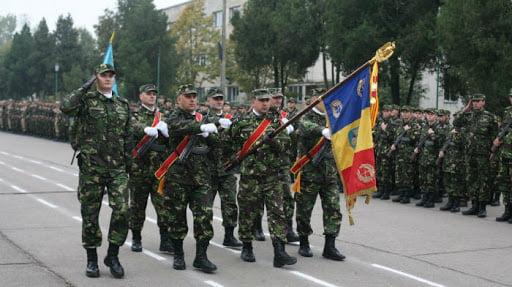Duminică se sărbătorește Ziua Armatei Române