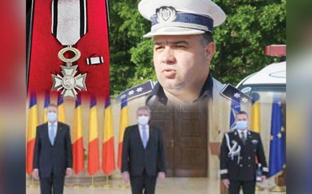 Şefi ai IPJ Argeş, decorați de președinte!