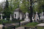 Trebuie plătită taxa de întreţinere la cimitir