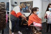O fetiță își donează părul unei cauze nobile!