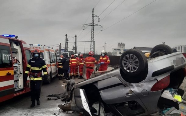 Trei copii răniți în accident la Bascov