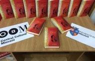 """De ziua poetului naţional, expoziție de carte """" Dor de Eminescu"""" la Mioveni"""