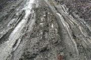 Nu e drum forestier, e o stradă din Câmpulung!