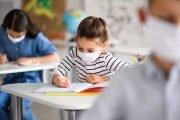 Sunt mulţi elevi şi profesori infectaţi cu COVID-19!