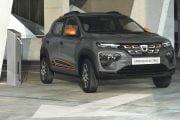 Precomenzi online pentru Dacia electrică