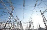 Patru furnizori de energie amendaţi de ANRE