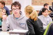 Credite pentru studenţii argeşeni din Anglia
