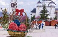 Curățenie de primăvară și ornamente de  Paște, la Mioveni