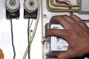 130 de suspiciuni privind furturile de energie