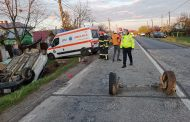 Șofer fără permis, s-a răsturnat cu mașina!