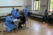 600 de elevi şi părinţi s-au vaccinat la şcoală!