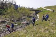 A fost strâns gunoaiul din pârâul Valea Mare