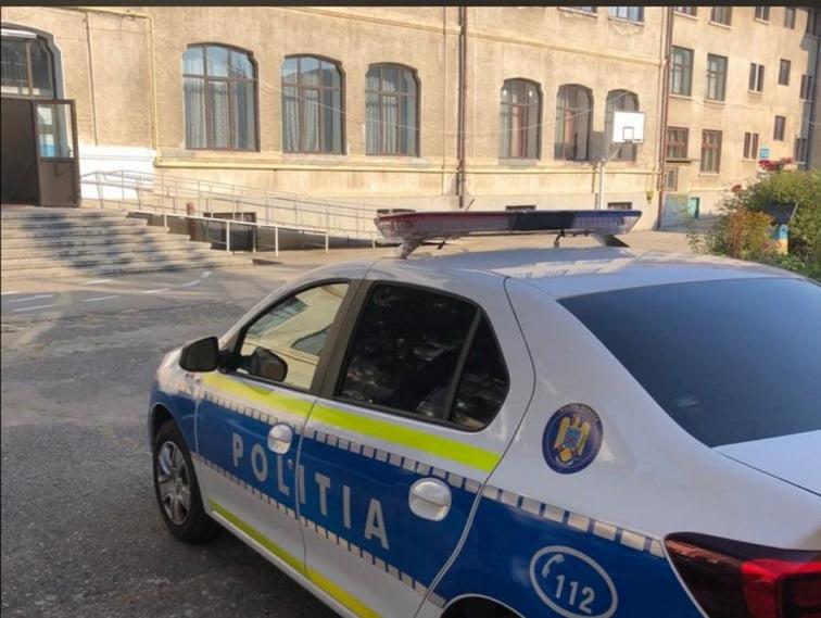 Poliţiştii vor acţiona în şcoli pentru siguranţa elevilor