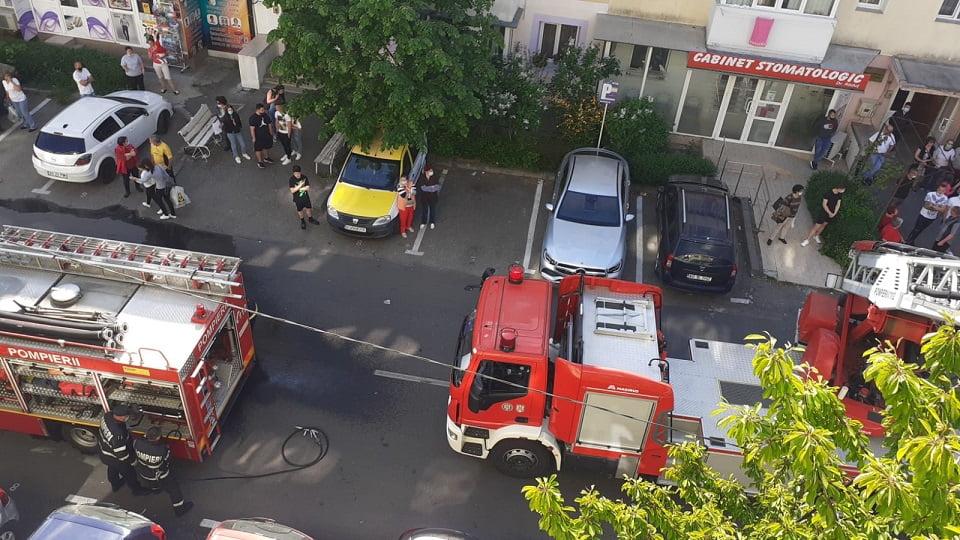 Incendiu la un apartament din cartierul Trivale!