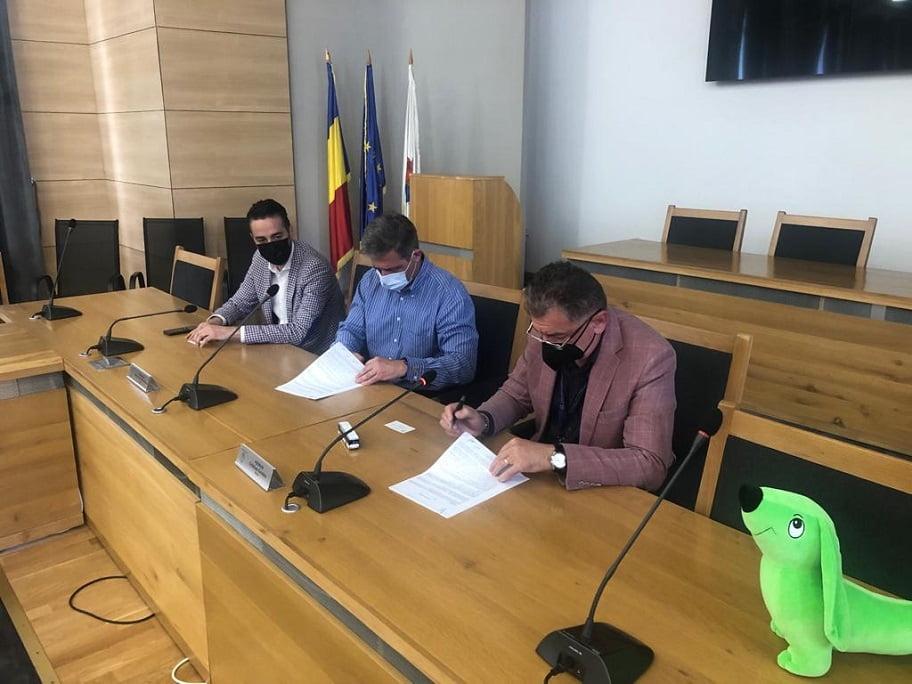 A fost semnat contractul pentru 40 de autobuze electrice