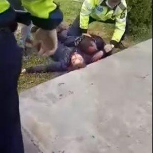 Criminalul este stabil, fiind păzit de poliţişti, la spital!