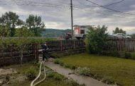 6 gospodării inundate, la Stâlpeni