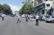 Traversarea bulevardului I.C. Brătinanu supravegheată de polițiștii locali!