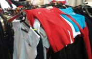 Vindea haine de lux contrafăcute!