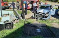Şoferiţă băută a dărâmat gardul!