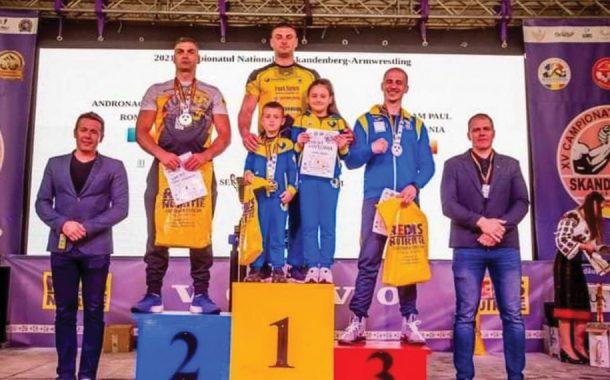 Armbender Poiana Lacului, campioană naţională la skandenberg!