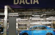 6000 angajați Dacia au început săptămâna stând acasă