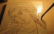 Copiii învăţaţi să picteze icoane, la Pitești