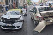 Accident provocat de un taximetrist neatent!
