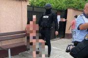 Liber după ce a atacat poliţiştii cu toporul!