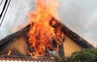 Incendiu pus cu intenție la o casă din Hârsești!