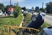 Mașină răsturnată la Mihăești!