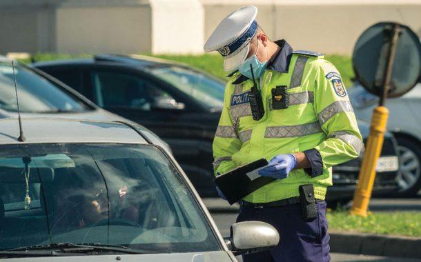 A vrut să mituiască un poliţist de la Rutieră!