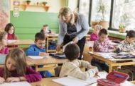 Învățătorii din România au cele mai numeroase clase!