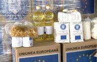 Primăria distribuie alimente și produse de igienă persoanelor defavorizate