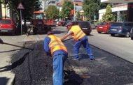 Lucrări pentru reabilitatea parcărilor şi străzilor din Pitești