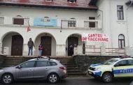 Centru de Vaccinare luat cu asalt de oameni
