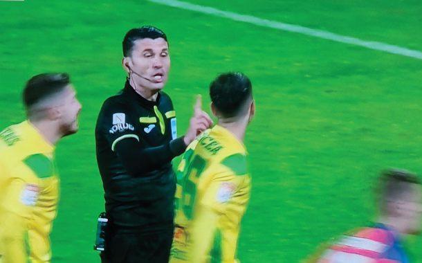 """""""Nu e penalty niciodată, decât dacă vrea arbitrul!"""""""